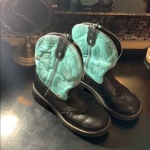 Justin short boots